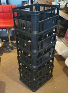 Strong Lightweight Plastic Crate (used) holds 20 bottles - ideal for homebrewers