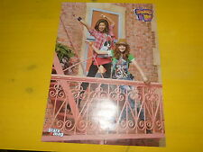 BELLA & ZENDAYA - Poster !!! 2P !!! Au verso : SHAKE IT UP !!!