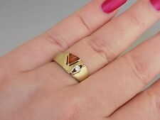 Unusual Vintage Modernist 8CT Gold 333 Amber ring, size P 1/2 UK, 7.75 US