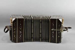 g80l19- Bandoneon Cardenal mit Zierelementen aus Perlmutt, mit Koffer