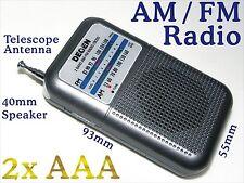 AM FM mini Portable Pocket Radio w Telescope Antenna Speaker / Battery 2x AAA R8