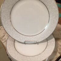Chris Madden Home Collection Dinner Plates Lot Of Four Silver Accents