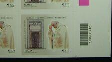 Italia 2015 Giubileo straordinario 2 singoli  dx e sx con  codice a barre 1712