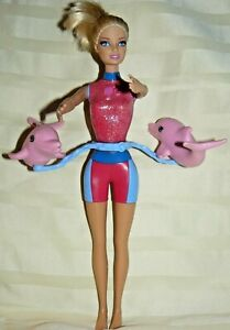 Mattel Barbie I can be Dolphin Trainer Spins and Splash