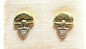 1 Paar Ohrstecker GG/WG in 333/- 8 crt. Stifte 18 crt. mit 2 Diamanten