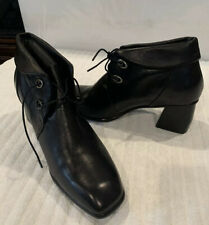 New Spring Step Women's ADORINA-B Black Leather Lace Up Booties Boots Sz 41/9.5