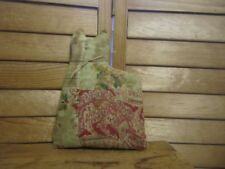 Primitive Cat shelf sitter doll -  quilt - sage/red/cream - 25c