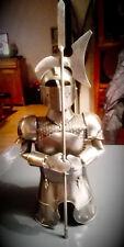 Ritterrüstung in Miniformat Flaschendekoration Hausbar4 Mittelalter & Gothic