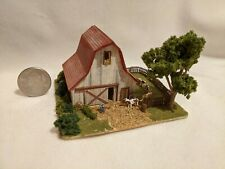 Z scale scratch built HIGH TOP BARN DIORAMA WITH COWS - building, structure