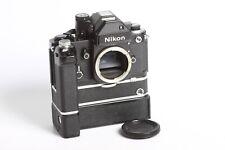 Nikon F2 + Nikon MD-2 + MB-1 inkl MN-1