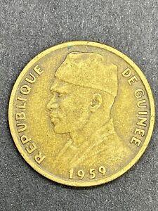 Guinea: 10 Francs aluminium-bronze 1959 - XF