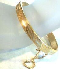 Vintage Oval Hong Kong sign Goldplated Hinged Bangle Bracelet Estate 23.5gr