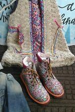 Oilily Boots shoes bottes steifel floral flowers hippie chaussures vintage
