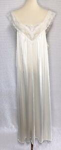 Vintage Vanity Fair Large Ivory Nylon Long Maxi Nightgown Lace Trim Bodice Girly