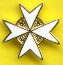Masonic Lapel Pin Badge - KT Knights Templar - White  Enamel - Cross Malta 15 mm