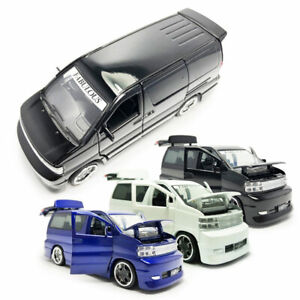 Nissan Elgrand MPV 1:32 Model Car Metal Diecast Toy Vehicle Kids Collection Gift