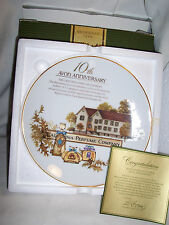 Vtg AVON  CA Perfume Co 10th Anniversary 22k Gold Trim Collectible PLATE (#1592)