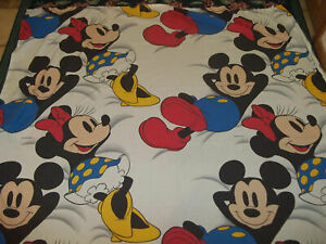 LN Vintage Mickey & Minnie Mouse Relaxing Twin/Single Flat Bed Sheet {Fabric}