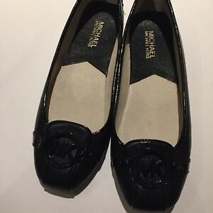Pre Owned Michael Kors  Flat Slip On Black ,leather Rubber Size 8.5