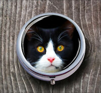 CAT FACE BLACK AND WHITE PILL BOX ROUND METAL - lko9Z