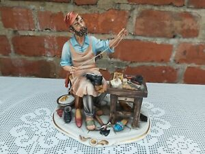 Capodimonte The Shoe maker/Cobbler signed by Cortese