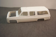 1984 AMT/MPC CHEVY SUBURBAN  KIT  1/25 SCALE RESIN