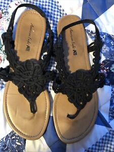 American Eagle Black Strapped Woven Sandals Size 11