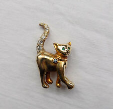 Beautiful Cat Brooch with Sparkling Stones