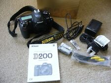 Nikon D200 10.2MP Digital SLR Camera - Black (Body Only) Low shutter count