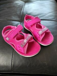 Girls CLARKS sandals infant size 7 pink