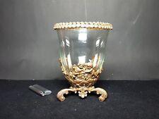 Ungewöhnliche Vase/Schale mit Metallmontierung.