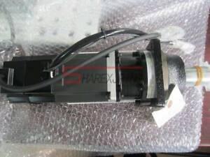 one new Mitsubishi Servo Motor HC-MF73BG2