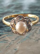 White Pearl And Diamond Ring 10kt Solid Yellow Gold