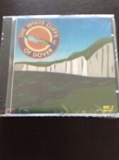 THE WHITE CLIFFS OF DOVER 2 CD BOX SET -  SOMEBODY LOVES ME & MANY MORE