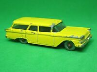 Matchbox Lesney No.31b Ford Fairlane Station Wagon (RARE YELLOW)
