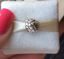 Genuine pandora argento LOTS OF LOVE Pandora in rilievo CUORI CHARM 790174 smobilizzato