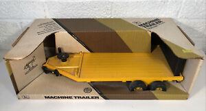Ertl John Deere Yellow Machine Trailer 1:16 NIB