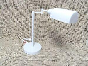 Classic White Swing Arm Metal Desk Table Lamp Table Light Home / Office Design