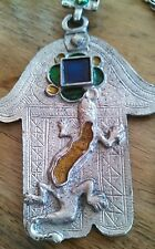 UNUSUAL METAL LIZARD, GECKO, REPTILE, PENDANT WITH GLASS & CHAIN NECKLACE