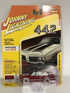 2020 Johnny JL White Lightning Chase 1970 Olds Cutlass 442 Comb Classic Gold