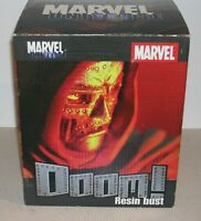 DIAMOND SELECT DOCTOR DOOM  MARVEL UNIVERSE BUST    201/5000