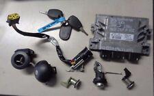 DACIA SANDERO `11 8201117953 S120205102A Steuergerät Motor Zündschloß 487004353R