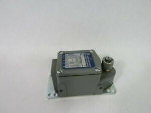 Square D 9007-TUBD5 Series C Limit Switch 600VAC 20A ! WOW !