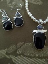 Jewelry set, semi-precious stones of Black Onyx and Labradorite .