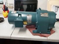 RELIANCE 1/4HP 3 PHASE MOTOR WITH BRAKE & 20.9:1 GEARBOX 1725rpm