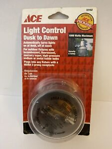 Light Control Dusk to Dawn 1000 watts Max Outdoor Lights ACE Light Control