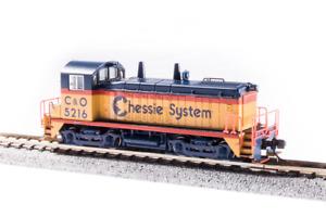 Broadway 3933 EMD SW7, C&O 5221, Chessie System, Paragon4 Sound/DC/DCC