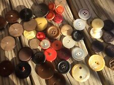 Lot 40+ Big Bold Jumbo MidCentury modern Vtg plastic MotherOfPearl Mixed buttons