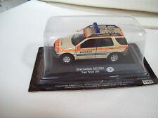 Mercedes ML320 Zuger Polizei 2002 1/43 (edicola)
