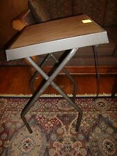 VTG. SMITH VICTOR PROJECTOR TABLE MODEL T1 W/POWER PANEL, FOLDS FLAT TO STORE